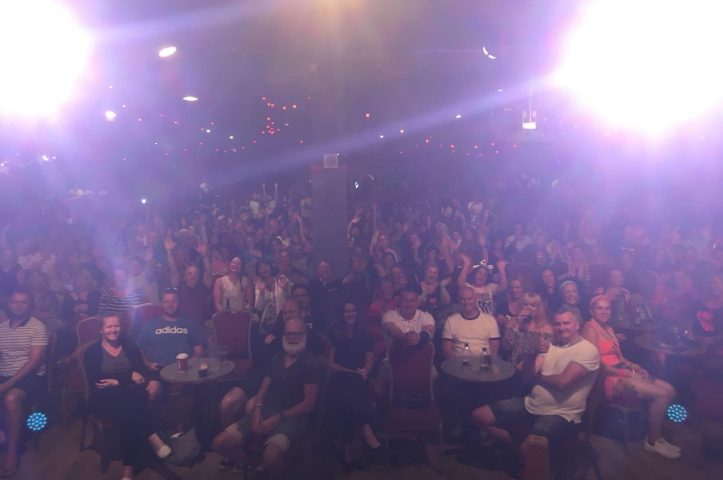 800 Smiling Faces at The Comedy Club  Butlins Bognor Regis